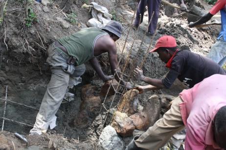 Armature per garantire stabilità al cemento della sand dam.