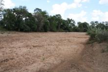 Il letto del fiume nella stagione secca.